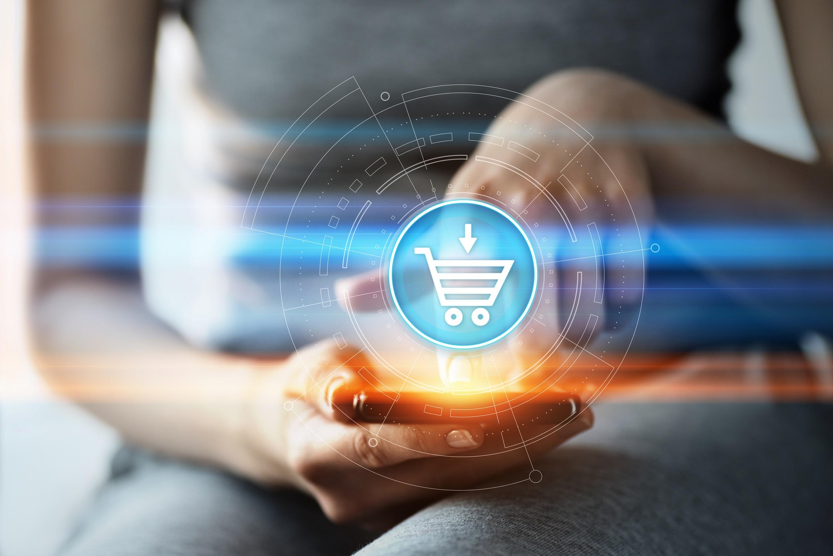 Dijital Dönüşüm Danışmanı ve Me Consultancy kurucusu Murat Erdör, dijitalleşen dünyada ekonominin itici güçlerinden biri olmaya doğru adım adım ilerleyen ve satın alma davranışlarımızı değiştiren e-ticaretin geleceğiyle ilgili öngörüleri paylaştı.