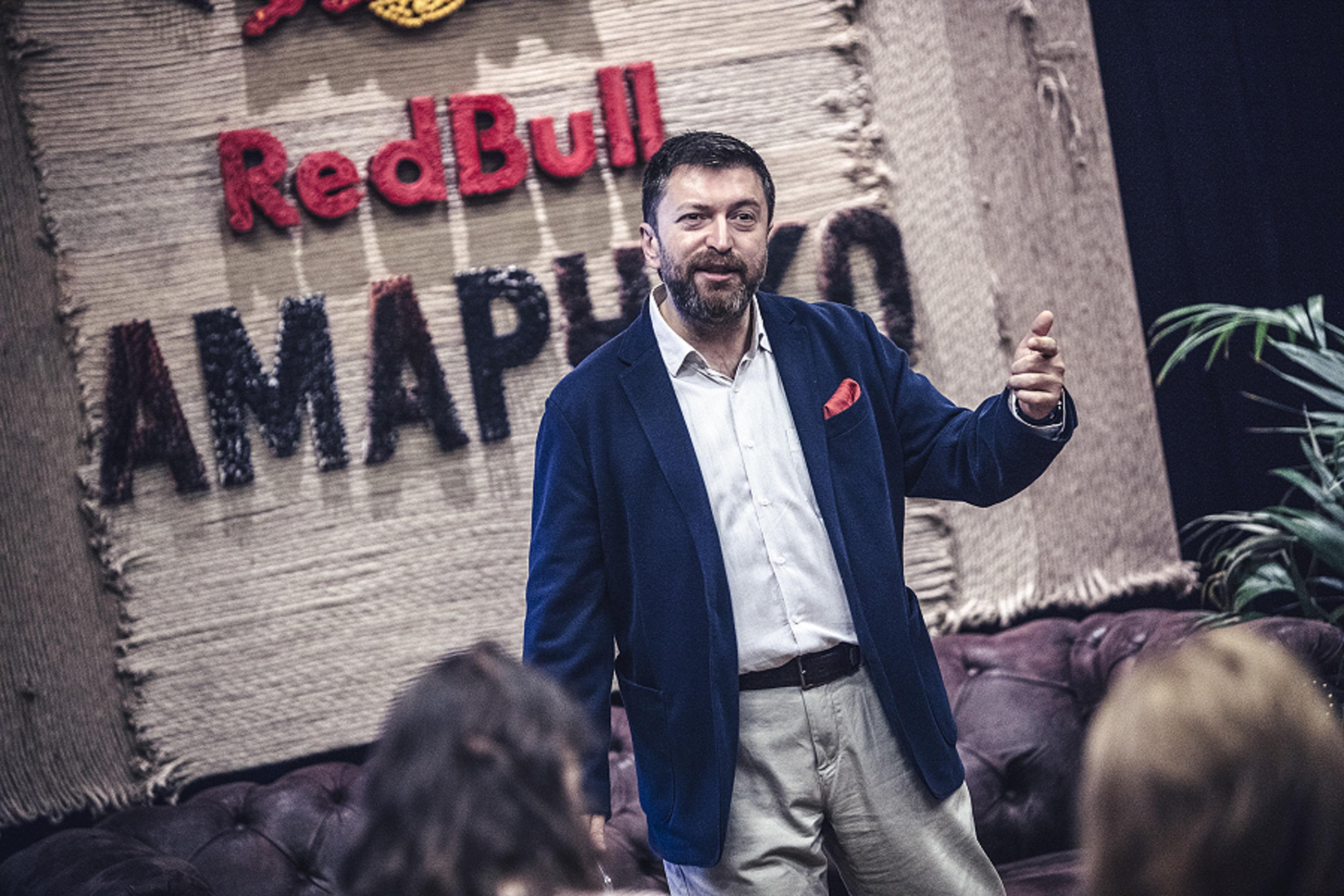 RedBull.com'un video röportaj serisi 'İçimdeki Ses 'in yeni konuğu teknoloji alanındaki bilgisi ile kamuoyunu aydınlatan gazeteci Serdar Kuzuloğlu oldu.