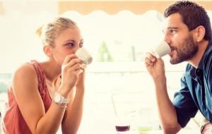 Karısıyla-Mutlu-Olan-Erkek-Aldatır-mı-1024x512