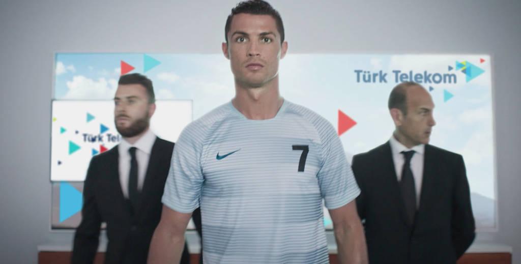 ronaldo-turk-telekom-reklam-300316-2
